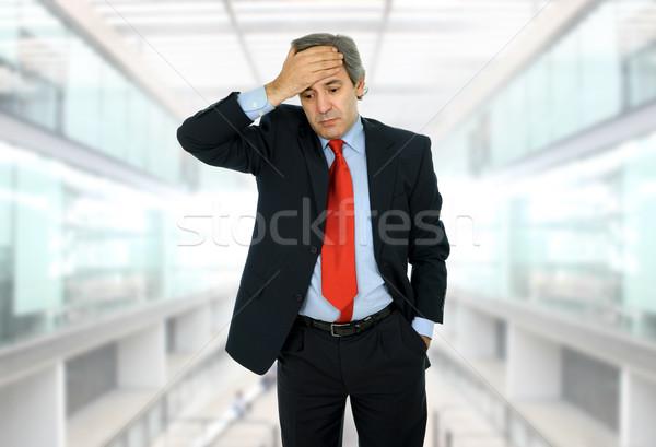 Baş ağrısı işadamı takım elbise ofis el Stok fotoğraf © zittto