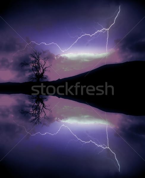 Yıldırım bilgisayar oluşturulan dijital sanat göl Stok fotoğraf © zittto