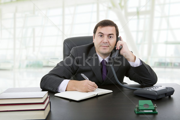 ストックフォト: 書く · 小さな · ビジネスマン · デスク · オフィス · 手