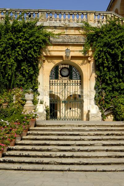 Arhitectură arhitectura veche uşă ceas medieval constructii Imagine de stoc © zittto