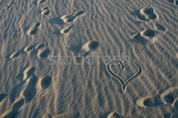 Coração areia amor homem fundo verão Foto stock © zittto