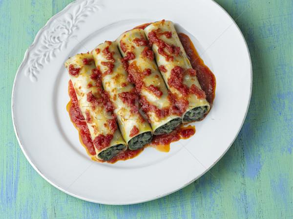 Rusztikus olasz vegetáriánus spenót tészta közelkép Stock fotó © zkruger