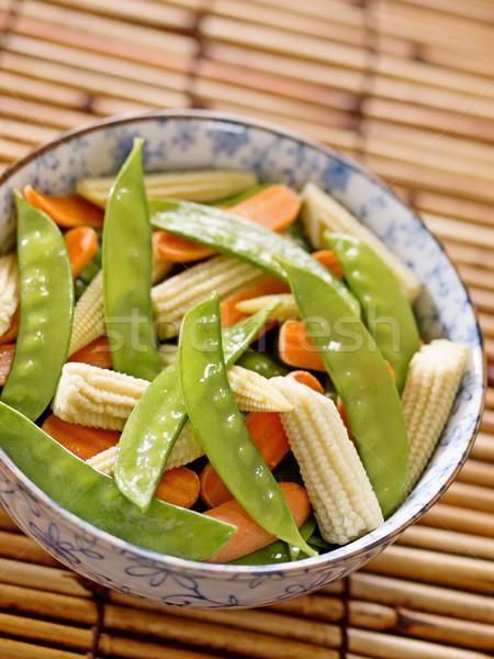 Keverés sült zöldségek közelkép tál hó Stock fotó © zkruger