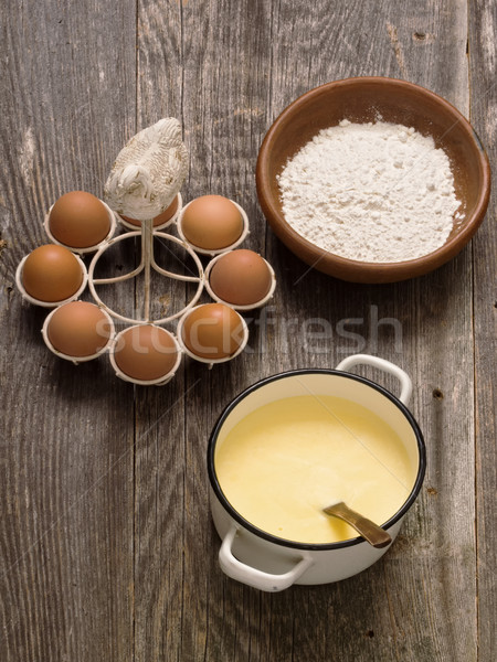 Pote cremoso creme molho ovo farinha Foto stock © zkruger