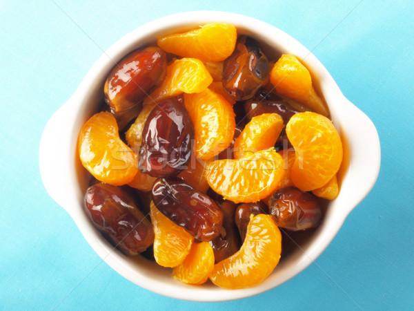 Mandarin datolya gyümölcssaláta közelkép tál Stock fotó © zkruger