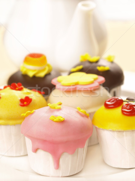 Minitorták közelkép étel torta asztal szín Stock fotó © zkruger