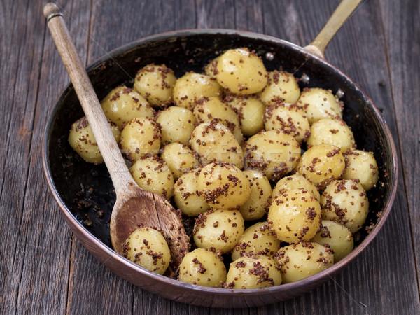 Rusztikus főtt krumpli mustár közelkép zöldség Stock fotó © zkruger