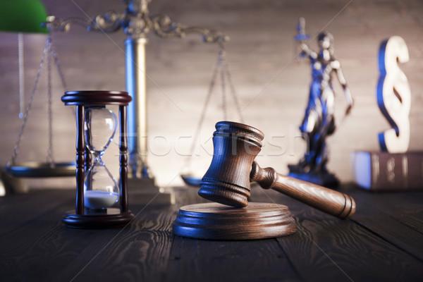 Prawnych prawa prawnicy biuro skali sprawiedliwości Zdjęcia stock © zolnierek