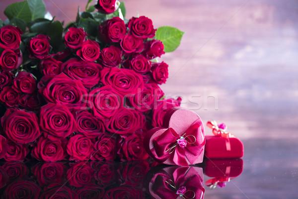 Stockfoto: Speciaal · dag · boeket · rozen · hartvorm · vak