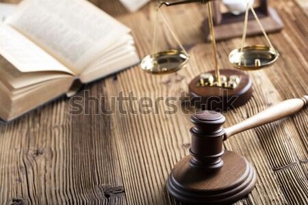 Prawa sprawiedliwości prawnicy biuro skali papieru Zdjęcia stock © zolnierek