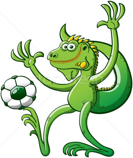 Yeşil iguana oynama futbol serin Stok fotoğraf © zooco
