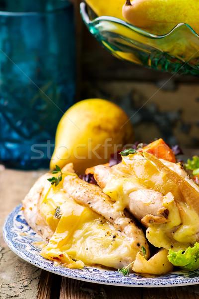 Pechuga de pollo atención selectiva pollo queso cena carne Foto stock © zoryanchik