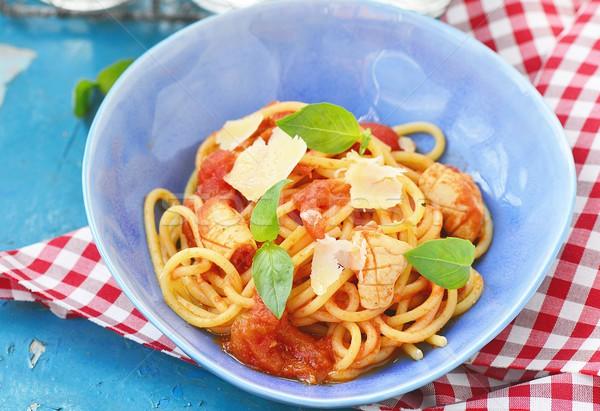 Spaghetti pomodori basilico blu piatto alimentare Foto d'archivio © zoryanchik