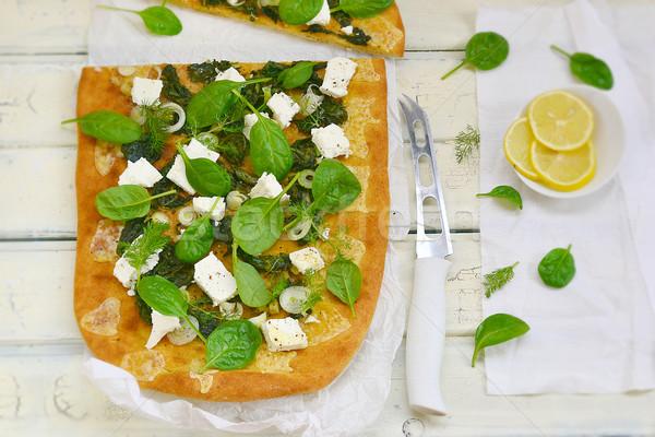 Spenót feta pizza fehér asztal fa Stock fotó © zoryanchik