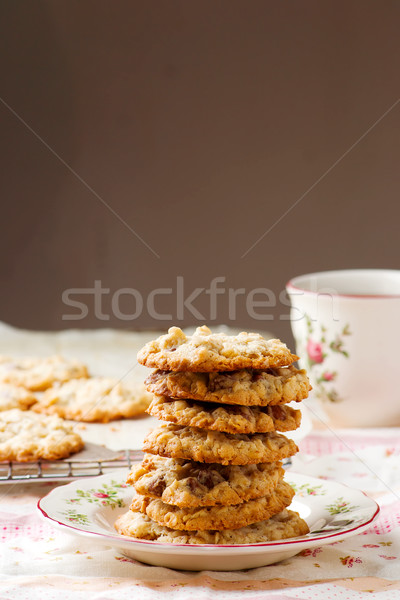 Chocolade chip rustiek cookies Stockfoto © zoryanchik