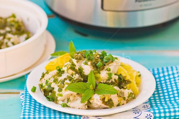 Filé pázsit előkészített zöld vacsora tányér Stock fotó © zoryanchik