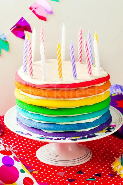Foto stock: Arco · iris · torta · velas · celebración · cumpleanos · atención · selectiva