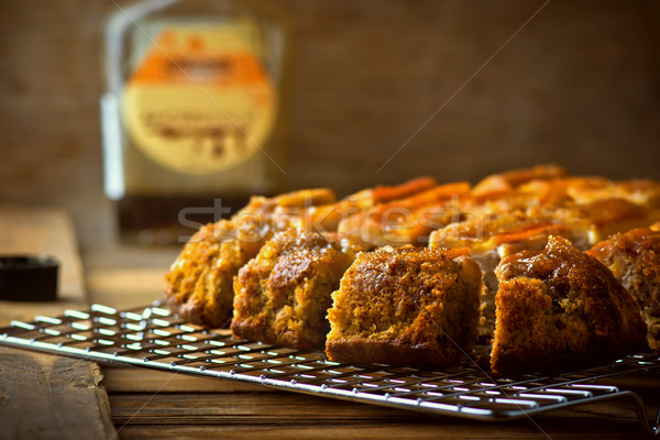 Banaan cake esdoorn siroop gesneden Stockfoto © zoryanchik