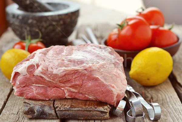 Nyers disznóhús hús organikus fa asztal étel Stock fotó © zoryanchik