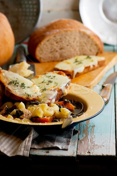 Olasz sütőtök tyúk tészta leves pirítós Stock fotó © zoryanchik