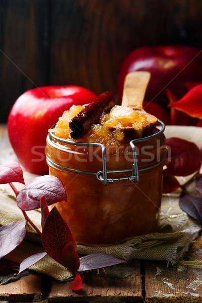 Esmer şeker tarçın meyve yaz tablo tatlı Stok fotoğraf © zoryanchik