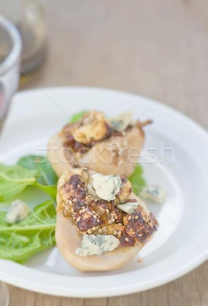 Pere formaggio tipo gorgonzola insalata bianco piatto Foto d'archivio © zoryanchik