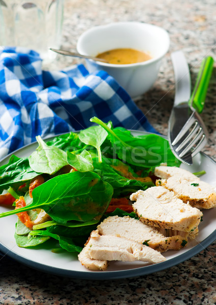 Kip spinazie salade rustiek selectieve aandacht voedsel Stockfoto © zoryanchik