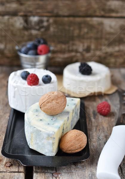 ブルーチーズ 木製のテーブル 木材 キッチン 表 ファーム ストックフォト © zoryanchik