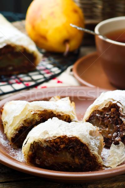 Körték csokoládé szelektív fókusz stílus rusztikus étel Stock fotó © zoryanchik