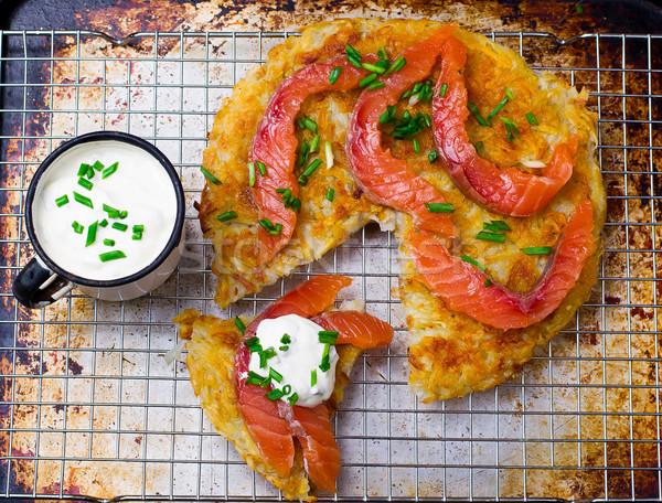 Patates tuzlu somon üst görmek stil Stok fotoğraf © zoryanchik
