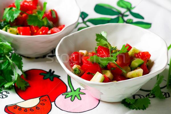 トマト キュウリ サルサ セラミック ボウル サラダ ストックフォト © zoryanchik