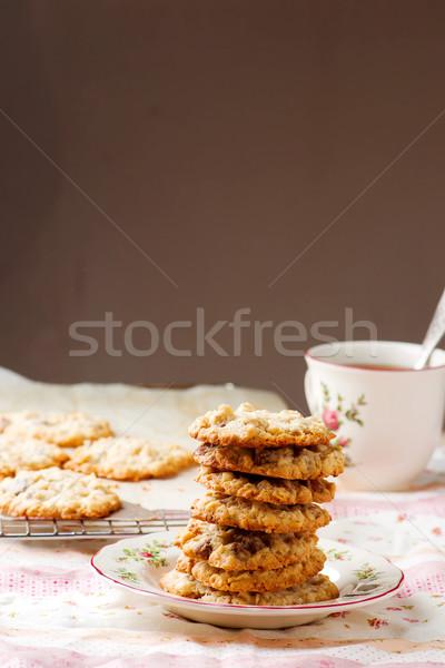 Crujiente chocolate chip rústico cookies Foto stock © zoryanchik