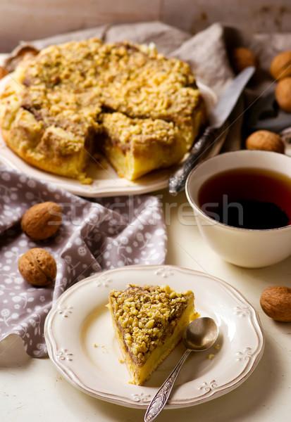 Dates gâteau miette mise au point sélective alimentaire maison Photo stock © zoryanchik