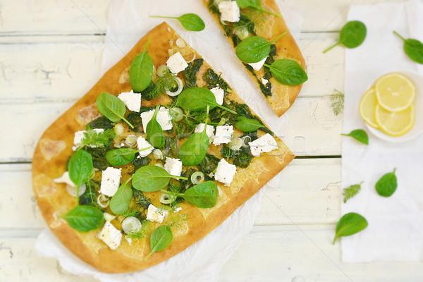 Espinacas feta pizza blanco mesa madera Foto stock © zoryanchik