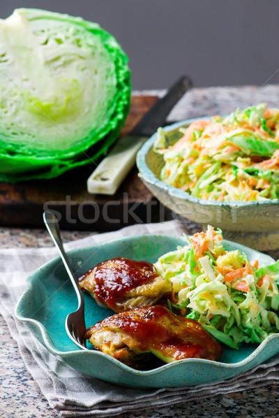 барбекю куриные микроволновая печь капустный салат продовольствие обеда Сток-фото © zoryanchik