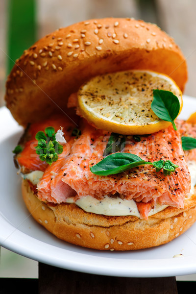 рыбы Burger трава лимона соус сэндвич Сток-фото © zoryanchik
