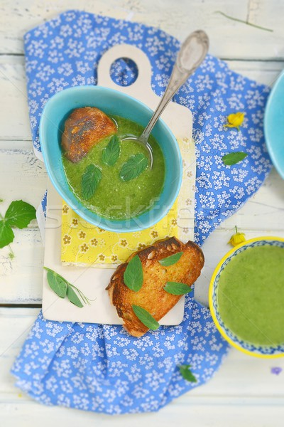 Groene bonen room soep toast brood Stockfoto © zoryanchik