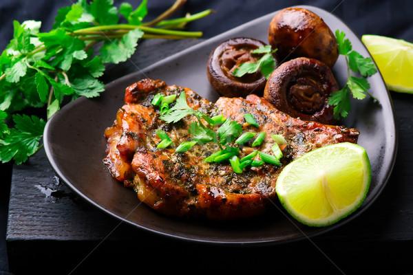Domuz eti mantar gıda akşam yemeği et biftek Stok fotoğraf © zoryanchik