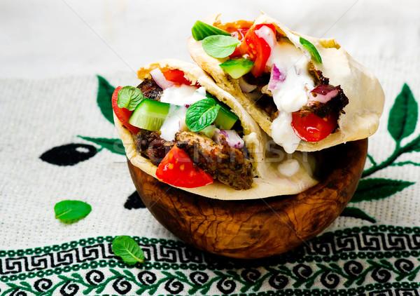 ギリシャ語 サンドイッチ ケーキ ピタ麻 肉 新鮮な野菜 ストックフォト © zoryanchik