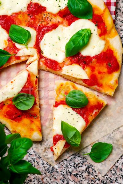 Pizza górę widoku selektywne focus obiedzie czerwony Zdjęcia stock © zoryanchik