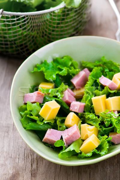 Traditioneel parijzenaar salade kaas ham selectieve aandacht Stockfoto © zoryanchik