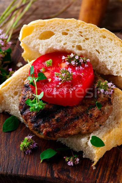 Alla griglia rustico messa a fuoco selettiva sandwich burger sani Foto d'archivio © zoryanchik