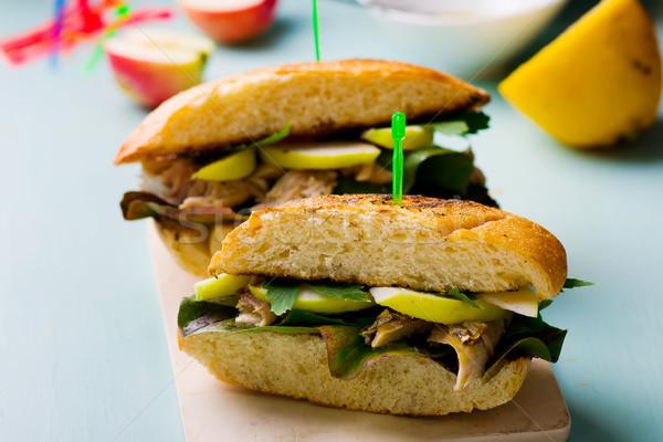 Sandwich makreel stijl rustiek selectieve aandacht vis Stockfoto © zoryanchik