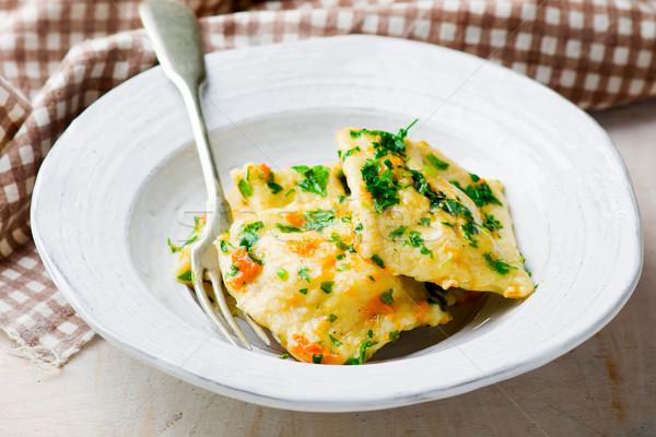 Citrouille ravioli bol mise au point sélective bois fromages Photo stock © zoryanchik
