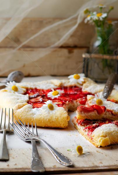 Rustik çilek gıda tatlı tatlı Stok fotoğraf © zoryanchik