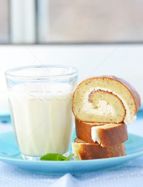 Banana spugna rotolare vetro latte alimentare Foto d'archivio © zoryanchik