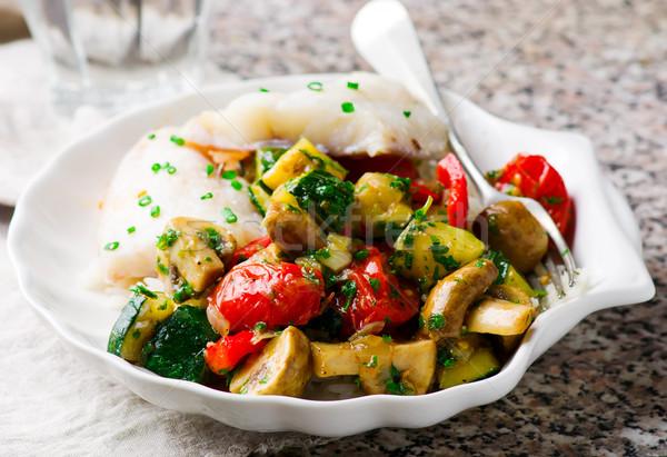Párolt hal filé zöldségek zöld citrom Stock fotó © zoryanchik