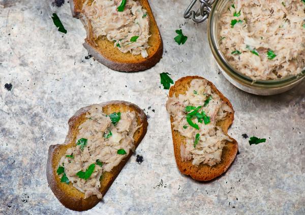 Uskumru ekmek üst görmek seçici odak Stok fotoğraf © zoryanchik