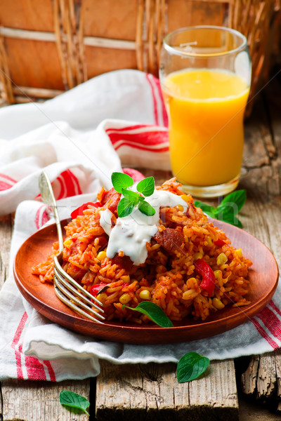 電子レンジ スタイル 素朴な 選択フォーカス 食品 赤 ストックフォト © zoryanchik