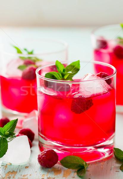 Bebida fría frambuesa menta hielo vidrio estilo Foto stock © zoryanchik